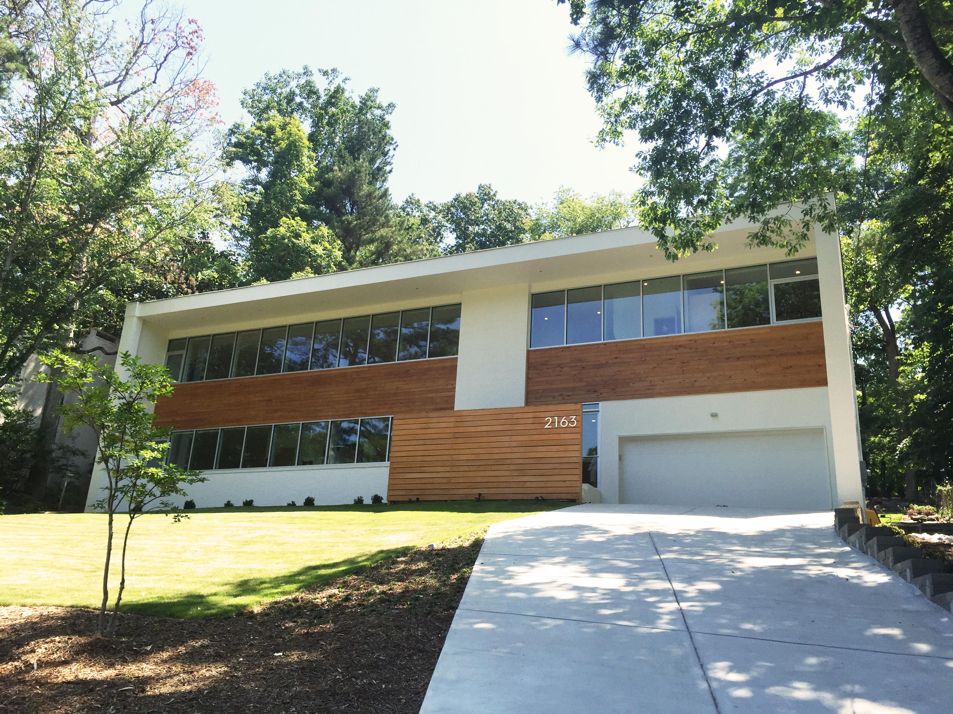 winiarski house exterior